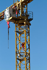 A long way up and down (shashin62) Tags: africa sthafrica southafrica capetown crane construction