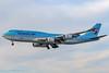 HL7632 - 2015 build Boeing B747-8B5, on approach to Runway 25L at Frankfurt (egcc) Tags: 1524 20162018 40907 b747 b7478 b747800 b7478b5 b7478i boeing eddf fra frankfurt hl7632 jumbojet kal ke koreanair lightroom main rheinmain skyteam visitkoreayear