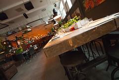 _DSC2210 (fdpdesign) Tags: milano milan italy design arredamento arredo loft grill pizza cerdisa fdpdesign ora luci lights ferro tondini legno wood furniture shopdesign 2017 lampade serafini progettazione