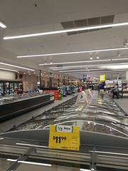 Woolworths Golden Grove (RS 1990) Tags: woolworths goldengrove village shoppingcentre supermarket tea tree gully 2010s look adelaide australia southaustralia october 2017