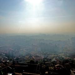 Cremona, Italia (pom'.) Tags: panasonicdmctz30 november 2017 cremona lombardia italia italy europeanunion fog mist haze 100 torrazzo 200 300 5000