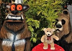 Blaise meets The Gruffalo (Martellotower) Tags: st blaise bear gruffalo wooden forest toadstool