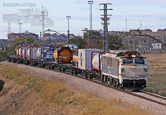 251.008 VK (Mariano Alvaro) Tags: 251 008 locomotora tren teco train renfe mercancias via salida vicalvaro irun madrid abroñigal