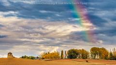 Arcoiris de otoño (fotochemaorg) Tags: agricultura airelibre árbol arcoiris azul bosque campo cielo escenarural granja hierba naturaleza nube otoño paisaje pradoagriculturaairelibrecampoescenaruralgranjanubeotoñopaisajepradoarcoirisazulbosquecielohierbanaturalezaárbol