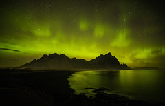 KP5 Aurora Borealis at 5am, Vestrahorn, Iceland (MelvinNicholsonPhotography) Tags: teliterallypeter lol vestrahorn iceland aurora auroraborealis northernlights green sky stars mountain ocean reflections sand beach melvinnicholsonphotography