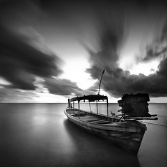 localboat (pattana92392) Tags: fineart photography thailand boat cloud fisherman fishing landscape ocean sea sky transport transportation vacation water longexposure blackwhite