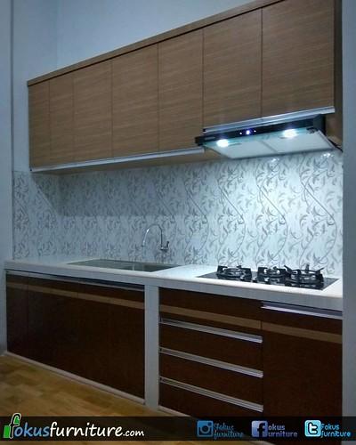 Kitchen Set Minimalis Model Lurus Lis Aluminium Di Kampung