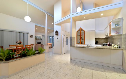 11 Mimosa Rd, Bossley Park NSW 2176