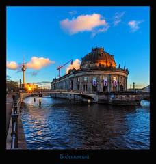 Bodemuseum II (Rukiber) Tags: berlin deutschland hauptstadt architektur blaue stunde spree fluss bodemuseum dom christian kirsch rukiber stadt nikon d750 nachtaufnahme nachthimmel