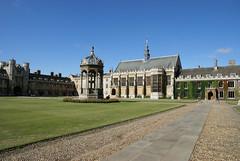 Trinity College, Cambridge (ChiralJon) Tags: trinity college university cambridge tourism visit fountain historic кембридж 剑桥 ケンブリッジ