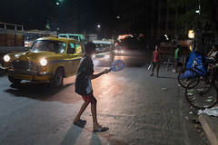 17 11 Kolkata (Time to try) Tags: children kolkata street badminton leica leicaq streetlife night