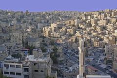 La capital del reino, Ammán (Teresa Esteban) Tags: ciudad amán ammán jordania edificios minarete árabe