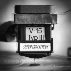 gramophone rhymes with stone  (Macro Monday theme) (Ruud.) Tags: ruudschreuder nikon nikond810 d810 105mm 105mmf28 bw zwartwit monochrome blackandwhite blackwhite macromondays stonerhymingzone mm hmm macro makro closeup naald element platenspeler turntable gramofoon gramophone shure dual 721