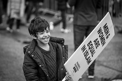 20171121_F0001: Hussain's Inspiration Campaign at Marble Arch (wfxue) Tags: london street marblearch demonstration event campaign hussainsinspiration thehussainiassociation islam boy child kid sign slogan candid portrait blackandwhite bw bnw monochrome