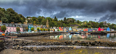 Tobermory (thilfrey) Tags: scotland schottland tobermory isle mull colors city harbour hafen stadt wolken farben