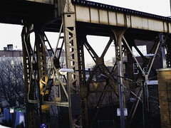 The 606 Bloomingdale trail 11-24-2017 pic (Artemortifica) Tags: blueline cta chicago helios milwaukeeave panasonicgh2 the606bloomingdale yicamera afternoon alley city fall hiking path trail train travel trip walk