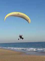 Parapente en la playa (kalima2006) Tags: parapente