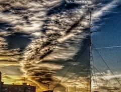Ciclogenesis la Pepa y ella (enrique1959 -) Tags: martesdenubes martes nubes nwn cielo bilbao vizcaya españa europa euskadi paisvasco weatherphotography