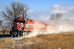 Clipping Right Along (sdl39hogger) Tags: wsor watco wisconsinsouthern waukeshasub emd electromotivedivision sd402 limacenter wisconsin snow winter canon canont6i