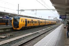 DM90 3427 met onbekende soortgenoot (vos.nathan) Tags: ns nederlandse spoorwegen 3427 dm90 zwolle zl