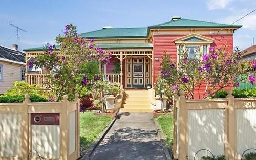 18 High Street, Waratah NSW