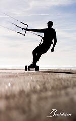 Cyril 3 (beardman626) Tags: sony a77 contre jour mountain board kite surf kitesurf sand sable mer sea beach plage flysurfer mountainboard traction voile