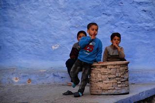 little boys Chefchaouen Morocco_2215