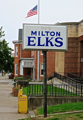 Milton Elks, Milton, PA (Robby Virus) Tags: milton pennsylvania pa 913 bpoe elks lodge hall sign signage fraternal organization club benevolent protective order