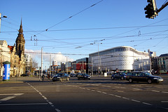 Richard-Wagner-Platz Leipzig (ingrid eulenfan) Tags: leipzig richardwagnerplatz tröndlinring höfeambrühl kreuzung stadt strasse 7dwf crazytuesdaytheme himmel linien auto gebäude outdoor