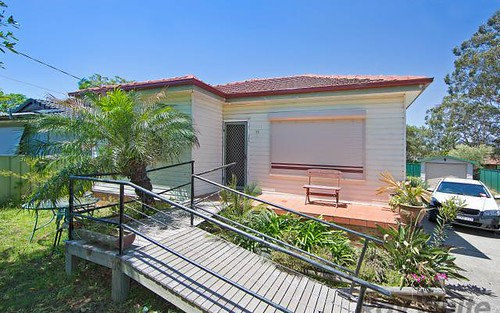 11 Kawana Av, Blue Haven NSW 2262