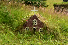 Tiny Fairy Church in the Grass (Amaury Laporte) Tags: europe iceland skogar folkmuseum traditional history