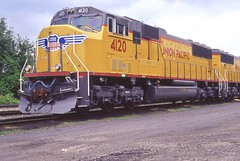 UP 4120 (irail2010) Tags: up dh