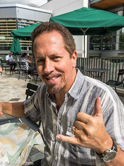 171208 Honolulu-01.jpg (Bruce Batten) Tags: locations reflections trips occasions people subjects campuses buildings friendsacquaintances uh businessresearchtrips usa hawaii honolulu unitedstates us