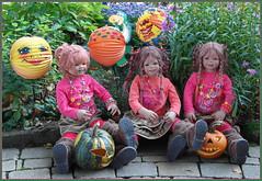 Der Tag wird schön ... (Kindergartenkinder) Tags: kindergartenkinder annette himstedt dolls sanrike annemoni tivi hofladen kürbis