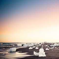 Beach in Iceland (Zeeyolq Photography) Tags: iceland beach islande sunset iceberg nature austurland is
