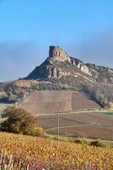 Roche de Solutré - Bourgogne (11/2027) (eguilmard) Tags: solutre vin vignoble vineyard bourgogne burgundy france