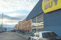 Black Friday Lineup (aaronrhawkins) Tags: blackfriday sale thanksgiving bestbuy store christmas shopping deal line lineup long present doorbuster police car order orderly shop shopper evening materialism capitalism orem utah cop box electronics purchase excitement anticipation launch aaronhawkins