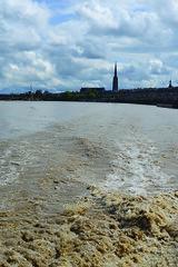 Flèche St Michel depuis la Garonne