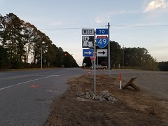 Color Blind Contractor? (US 71) Tags: louisiana highwaysigns roadsigns error i49 interstate49
