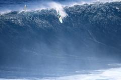 IMG_5920 copy (Aaron Lynton) Tags: canon 7d sigma peahi jaws surf xxl bigwave big wave maui hawaii peahichallenge challenge 2017 peahichallenge2017 lyntonproductions lynton