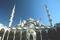 DB004538 (Tekton Ministries) Tags: mosques spiritualandreligiousfeature bluemosque islam architecture religion exterior highottomanoriginperiodor