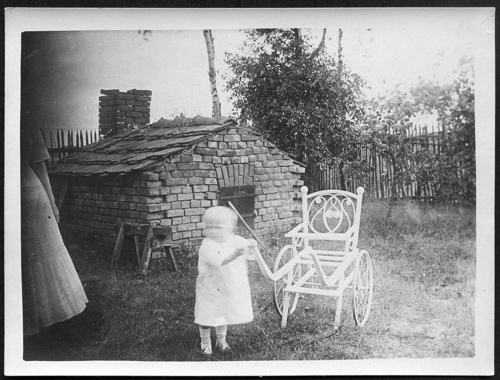 The world 39 s best photos of kleinkind flickr hive mind for Schaukelstuhl kleinkind