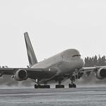 Airbus A380-861 - A6-EUG thumbnail