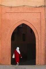 Walking to work.... (Hector16) Tags: africa october morocco lavilladesorangers unescoworldheritagesite المَغرِب northafrica مراكش berber marrakech kingdomofmorocco marrakesh marrakeshtensiftelhaouz ma