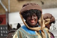edelvrouw (Gerard Stolk (sur le chemin de Noël)) Tags: denhaag lahaye haag thehague intocht sintnicolaas zwartepiet
