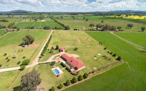 508 Burma Rd, Table Top NSW 2640