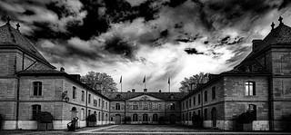 Suisse - château de Prangins avant l'orage