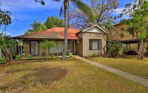8 White Av, Bankstown NSW 2200