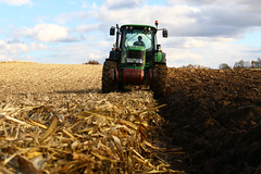 Autumn Plowing (Winiarsky) Tags: john deere 6830 premium jd autumn plowing poland canon eos 70d