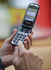 Emporia-Klapp-2017-2219 (Markus Koepf) Tags: emporia handy senioren seniorenhandy telefon telekommunikation telefonieren